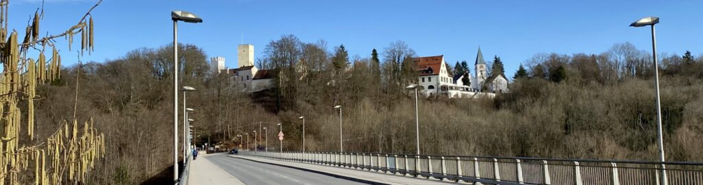 Grünwalder Isar Brücke Far
